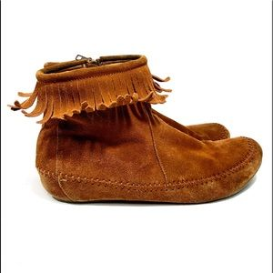 Dirty Laundry Women's Suede Fringe Moccasins